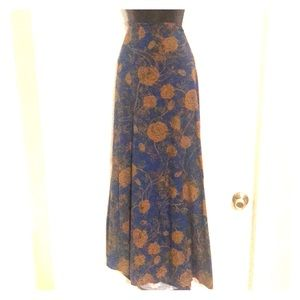 Lularoe maxi skirt size M blue and gold